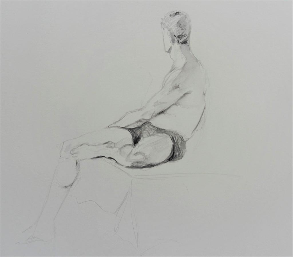 schets-mannelijk-model-met-short-en-ontbloot-bovenlijf