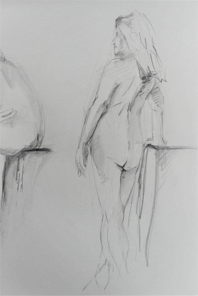 snelschets-staand-vrouwelijk-naakt